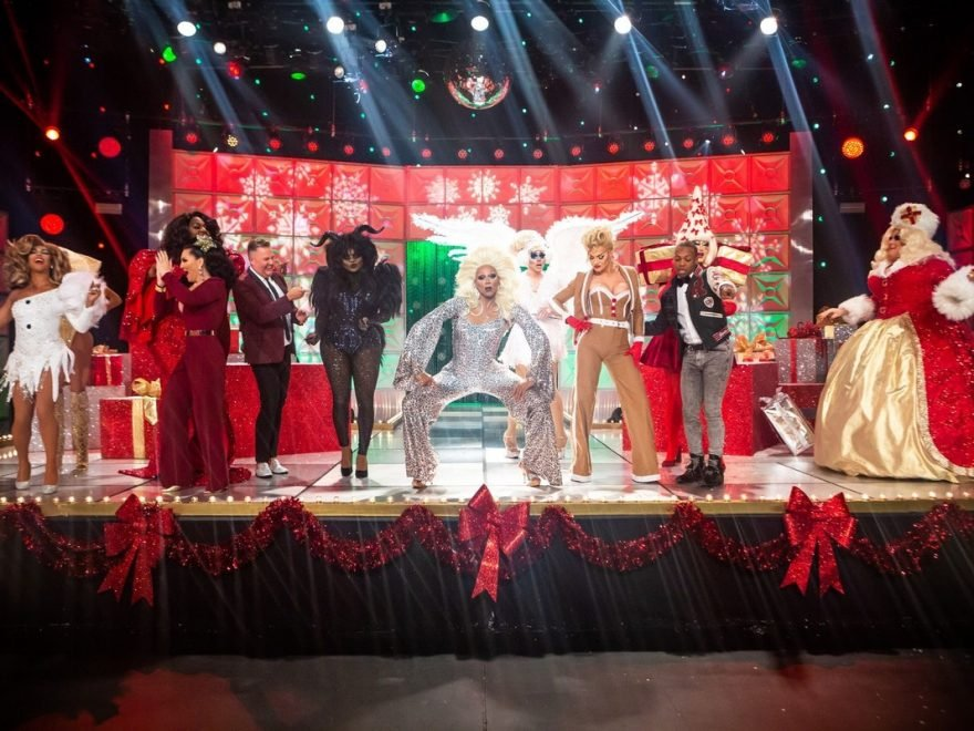 Christmas Queens.Rupaul Gave His Christmas Queens The Best Gift Of All During